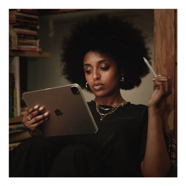 Apple iPad Pro 12.9 Wi-Fi + Cellular 128GB (2020) Silver-7