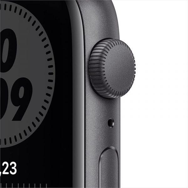 Часы Apple Watch Nike SE 40 мм корпус из алюминия цвета Серый космос, спортивный ремешок Nike цвета Антрацитовый/Чёрный-1