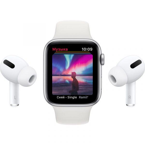 Часы Apple Watch Nike SE 44 мм корпус из алюминия серебристого цвета, спортивный ремешок Nike цвета Чистая платина/Чёрный-8