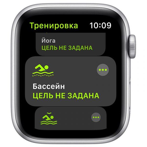 Часы Apple Watch SE 44 мм корпус из алюминия серебристого цвета, спортивный ремешок белого цвета-5